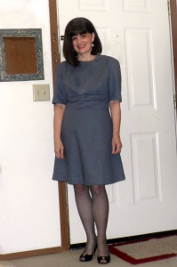 grey-dress-mom