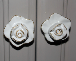 rose-knobs