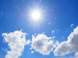 clouds-1117584_640